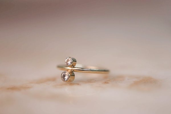 14k gold North South ring with Moissanite 2