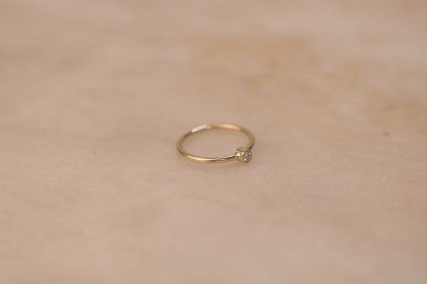 Solitaire Ring with Moissanite - 14k Gold 3