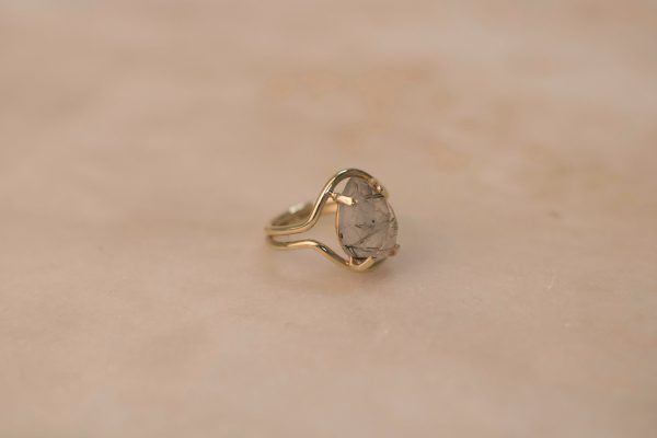 Double Curve Ring with Teardrop Rutile Quartz - 14k Gold 3