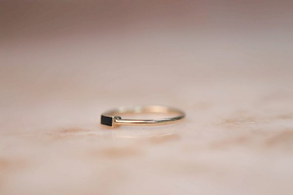 14k-gold-Black-Zirkonia-Baguette-Ring 2