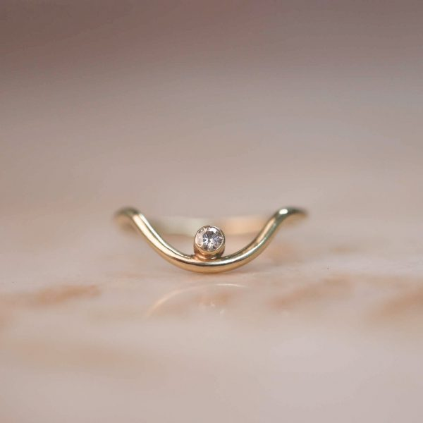 14k-gold-Curve-ring-witn-Moissanite-Accent-1.