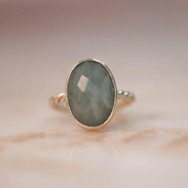 14k-gold-Oval-Aquamarine-Twist-Ring