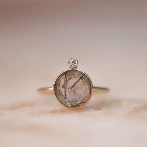 14k-gold-Round-Rutile-Quartz-Ring-with-Moissanite.