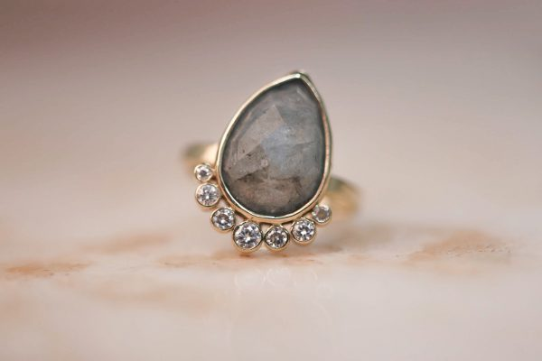 14k-gold-Teardrop-Aquamarine-Ring-with-Moissanite-1