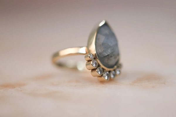 14k-gold-Teardrop-Aquamarine-Ring-with-Moissanite-3