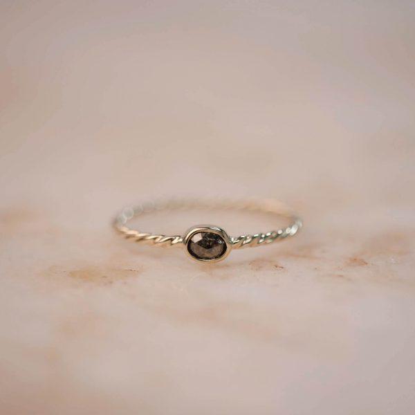 Twist Ring with Rose Cut Diamond - 14k Gold 2