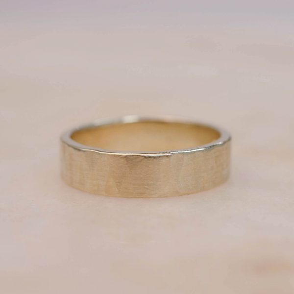 5 mm Yellow Gold Men's Band Hammered Vertically in Satin Finish 2