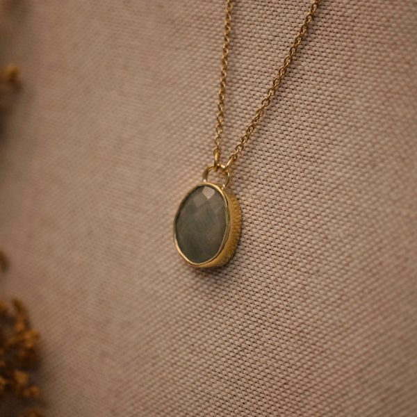 Aquamarine-Gemstone-Necklace