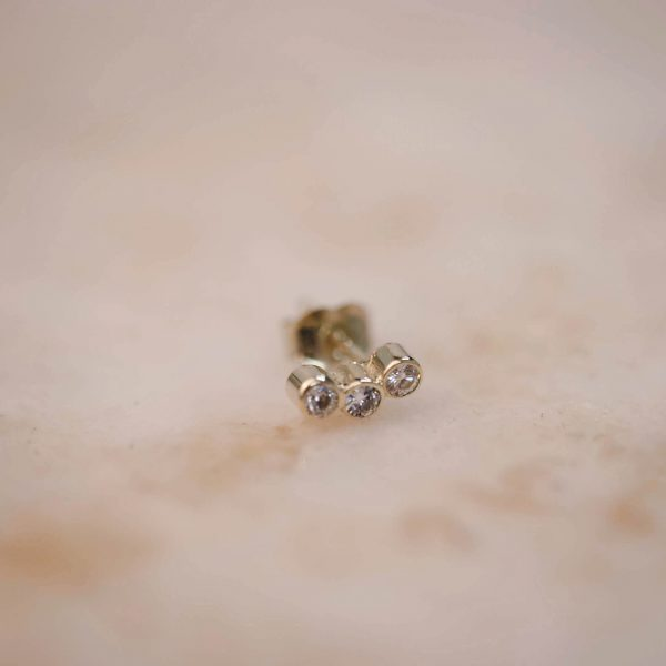 Bow Bar Earring Triple Moissanite - 14k Gold 1