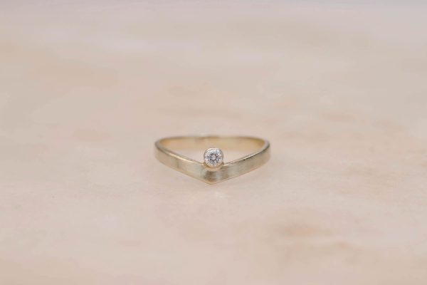 Contour Diamond Ring - 14k Gold