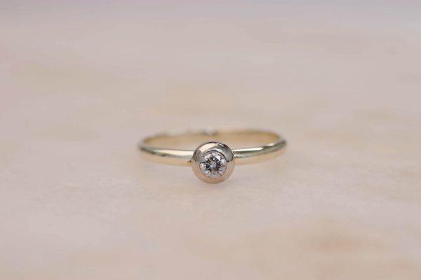 Donut Diamond Ring - 14k Gold 2