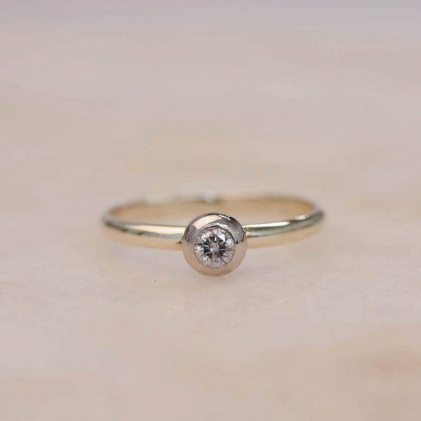 Donut Diamond Ring - 14k Gold 2