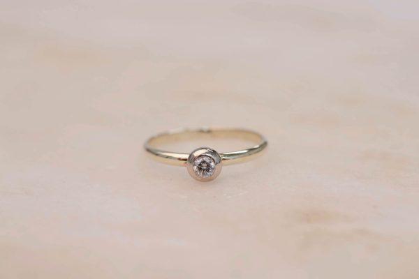 Donut Diamond Ring - 14k Gold