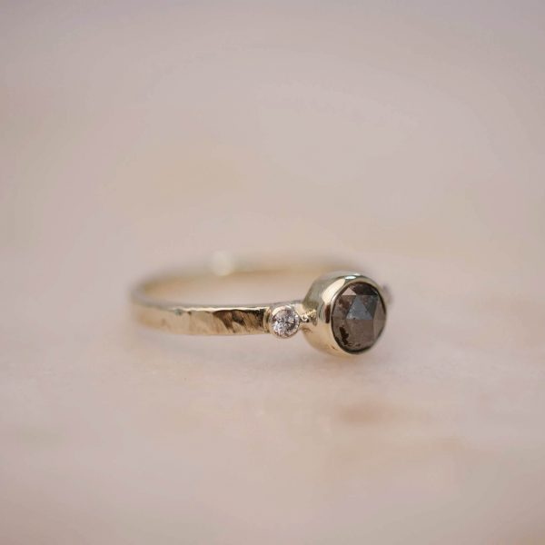 Hammered Ring with Rustic-Diamond-and-Double Diamond Accent 14k Gold 3