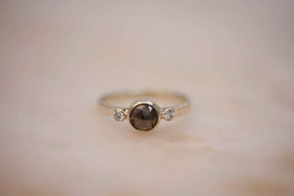Hammered Ring with Rustic-Diamond-and-Double Diamond Accent 14k Gold 1