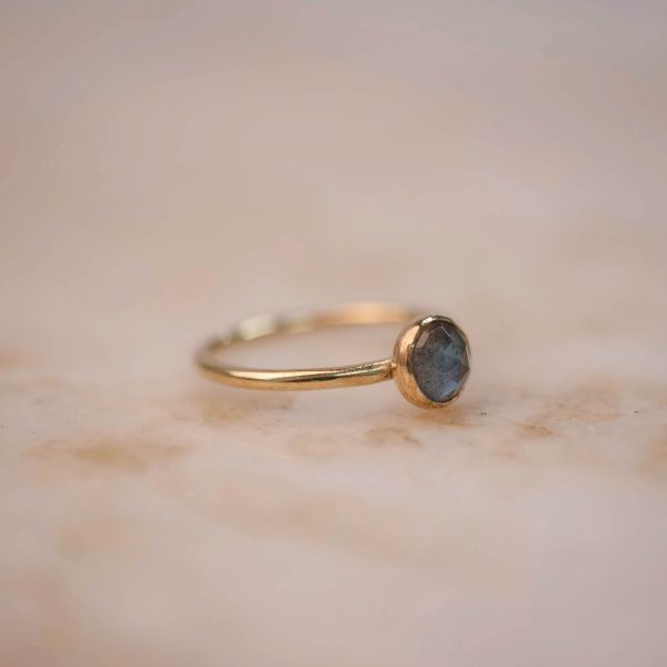 Ring with Peach Moonstone or Labradorite 6 mm - Brass & Silver 4