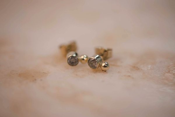 Rustic Diamond Dot Earring - 14k Gold 3