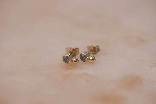 Rustic Diamond Dot Earring - 14k Gold