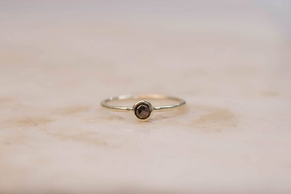 Rustic Diamond Ring 4 mm - 14k Gold