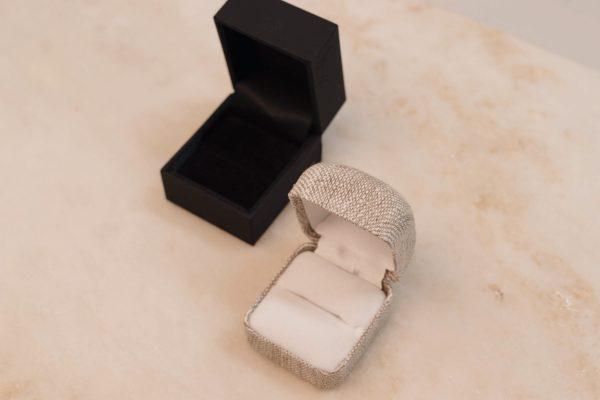 bobini roots and Linnen Ring Box - Single Ring 3