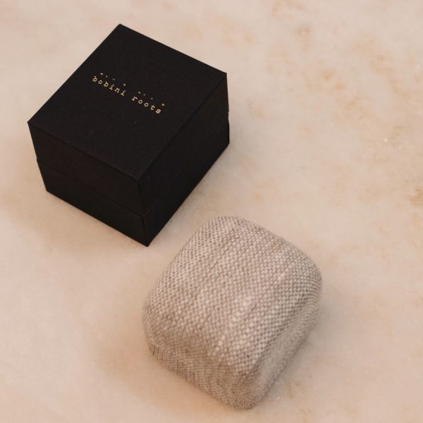 bobini roots and Linnen Ring Box - Single Ring